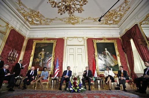 Treffen mit dem ungarischen Präsidenten